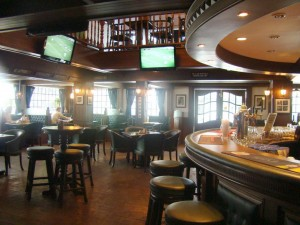 The Queen Victoria Pub & Restaurant, Bangkok